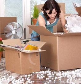 de cluttering a home before moving